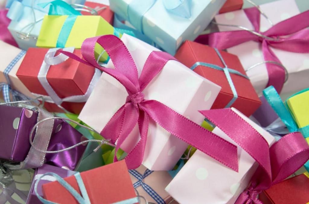 Sådan finder du de bedste gaveideer til kvinder og børn!